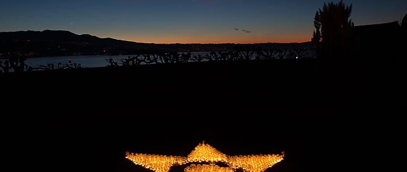 Kerzen-Stern und Himmelslandschaft